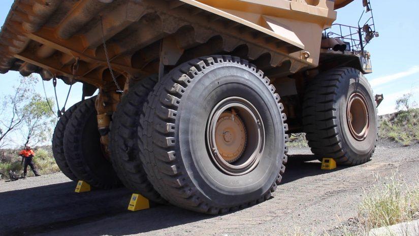 Size 7LW Wheel Chock